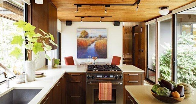 mid century kitchen green space