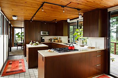 mid-century modern kitchen with quartz countertop