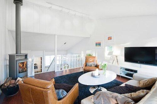 tv room loft